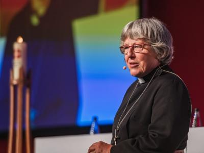 Image: 2-president-revd-dr-barbara-c-glasson-methodist-conference-birmingham-2019